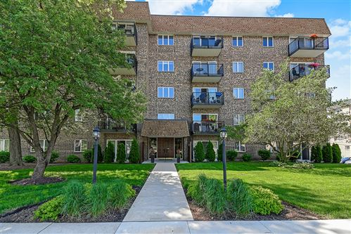 Photo of 907 Curtiss Street #502, Downers Grove, IL 60515 (MLS # 10730393)