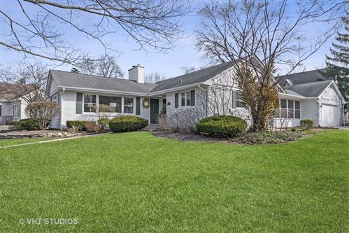 Tiny photo for 263 Glenwood Avenue, Glen Ellyn, IL 60137 (MLS # 11047394)