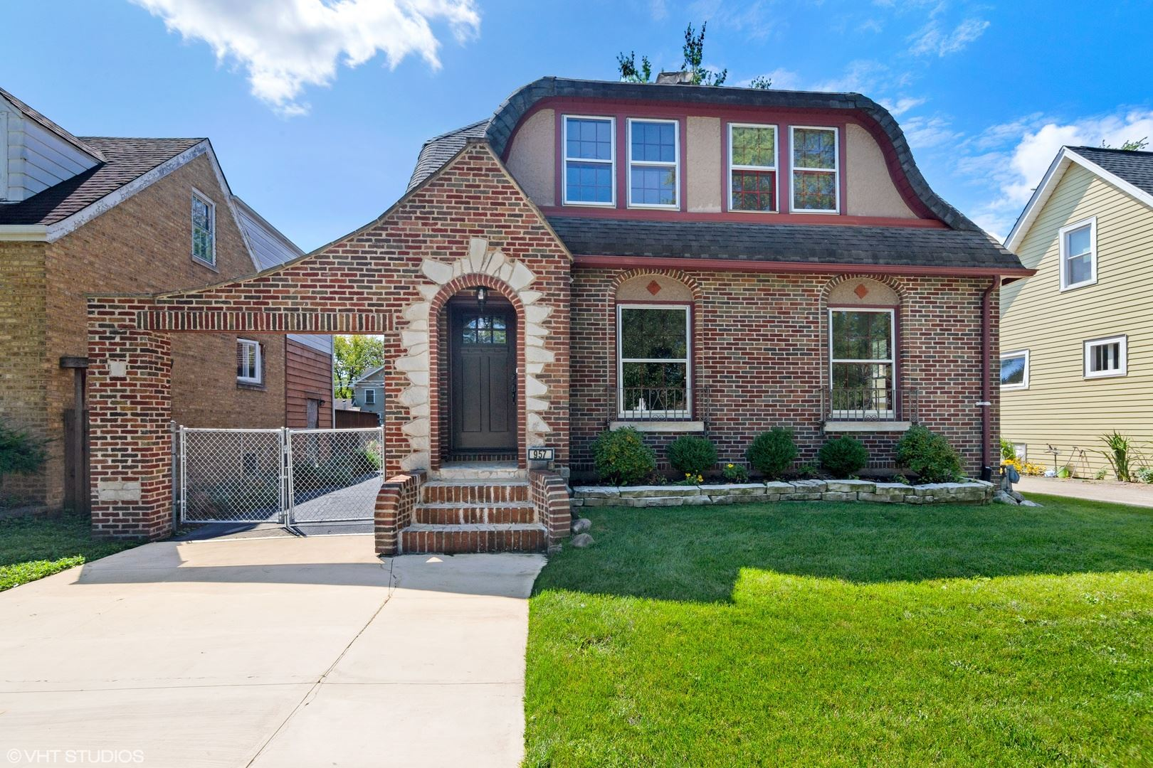 957 Greenview Avenue, Des Plaines, IL 60016 - #: 10570395