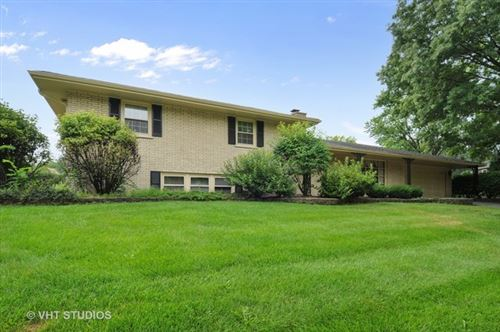 Photo of 1120 Elizabeth Avenue, Naperville, IL 60540 (MLS # 10679396)