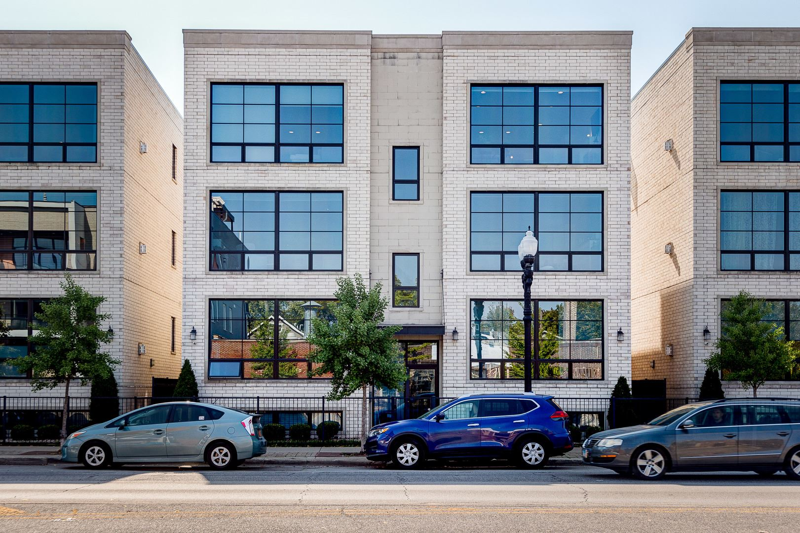 2453 W Irving Park Road #3W, Chicago, IL 60618 - #: 11239396
