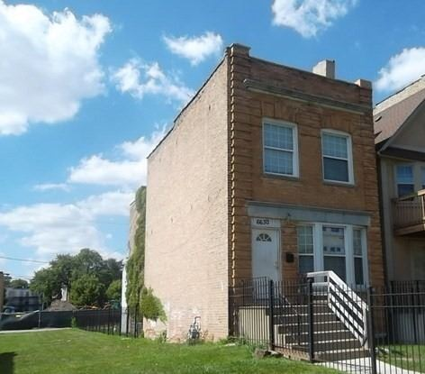 Photo of 6630 S KENWOOD Avenue, Chicago, IL 60637 (MLS # 10942398)