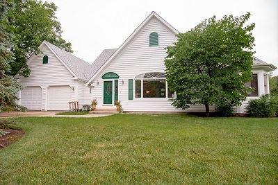 24051 W Hawthorne Lane, Antioch, IL 60002 - #: 10800400
