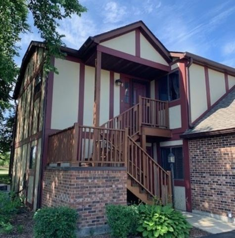Photo of 361 Farnsworth Court #6, Glen Ellyn, IL 60137 (MLS # 10773401)