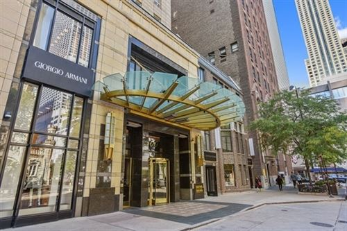 Photo of 800 N Michigan Avenue #2403, Chicago, IL 60611 (MLS # 10882402)