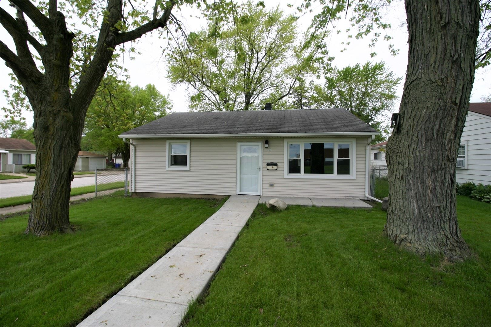 3234 Miller Avenue, South Chicago Heights, IL 60411 - #: 10721404