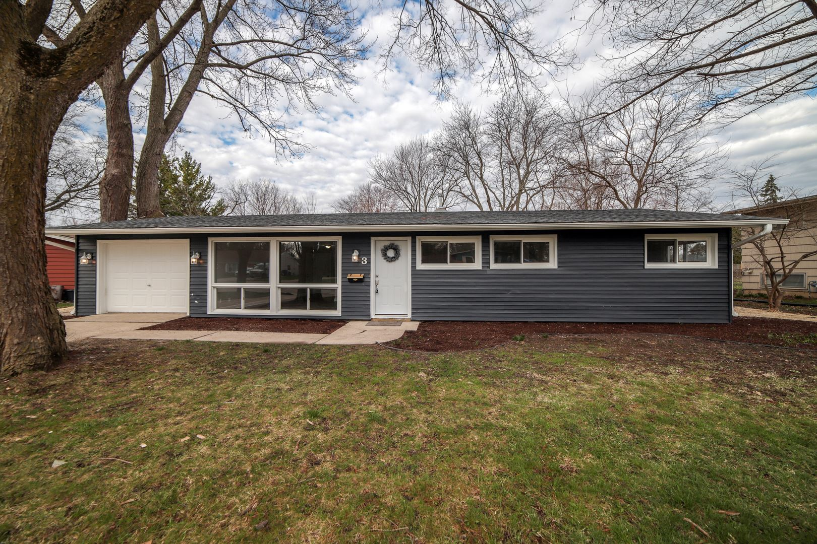 3 Woodcliff Road, Montgomery, IL 60538 - #: 10684405