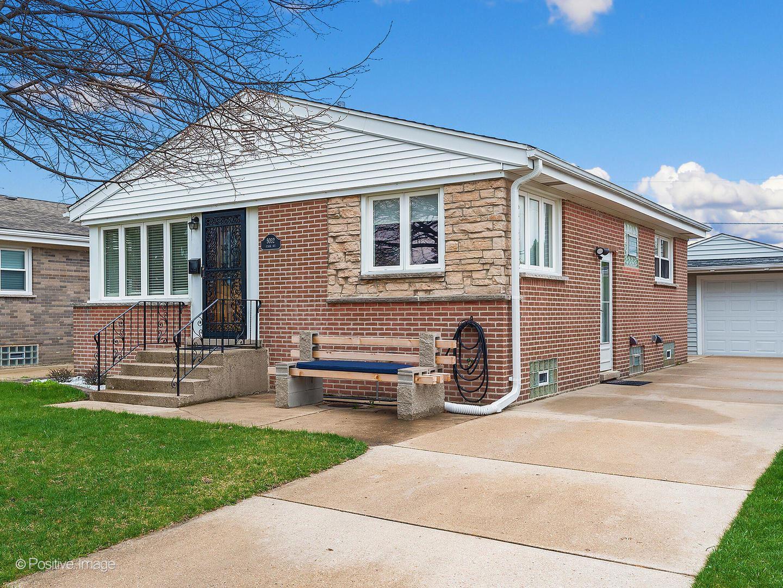 5032 N Ozark Avenue, Norridge, IL 60706 - #: 11054405