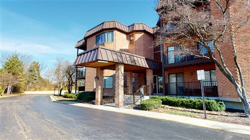 Photo of 6401 Clarendon Hills Road #107, Willowbrook, IL 60527 (MLS # 10933406)