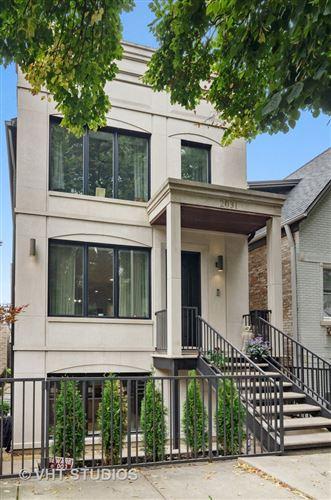 Photo of 2031 W DICKENS Avenue, Chicago, IL 60647 (MLS # 10735412)