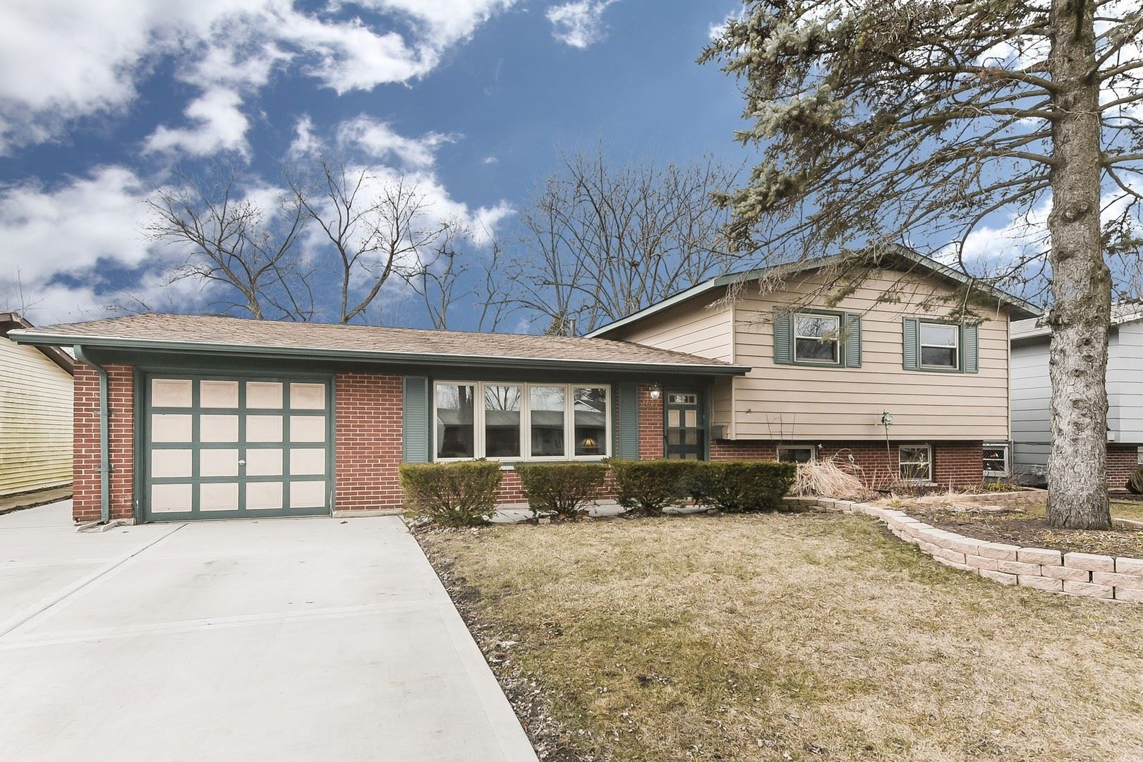7062 Orchard Lane, Hanover Park, IL 60133 - #: 10658412