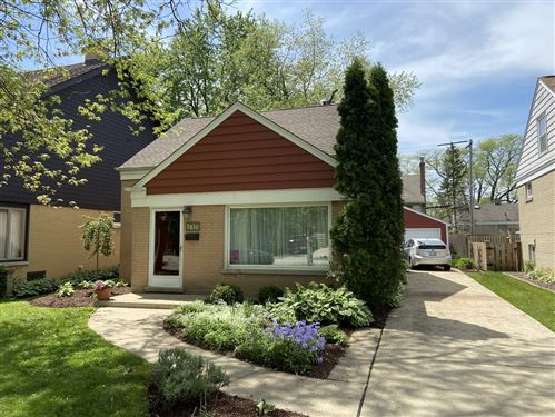 Photo of 3810 Wolf Road, Western Springs, IL 60558 (MLS # 10709414)