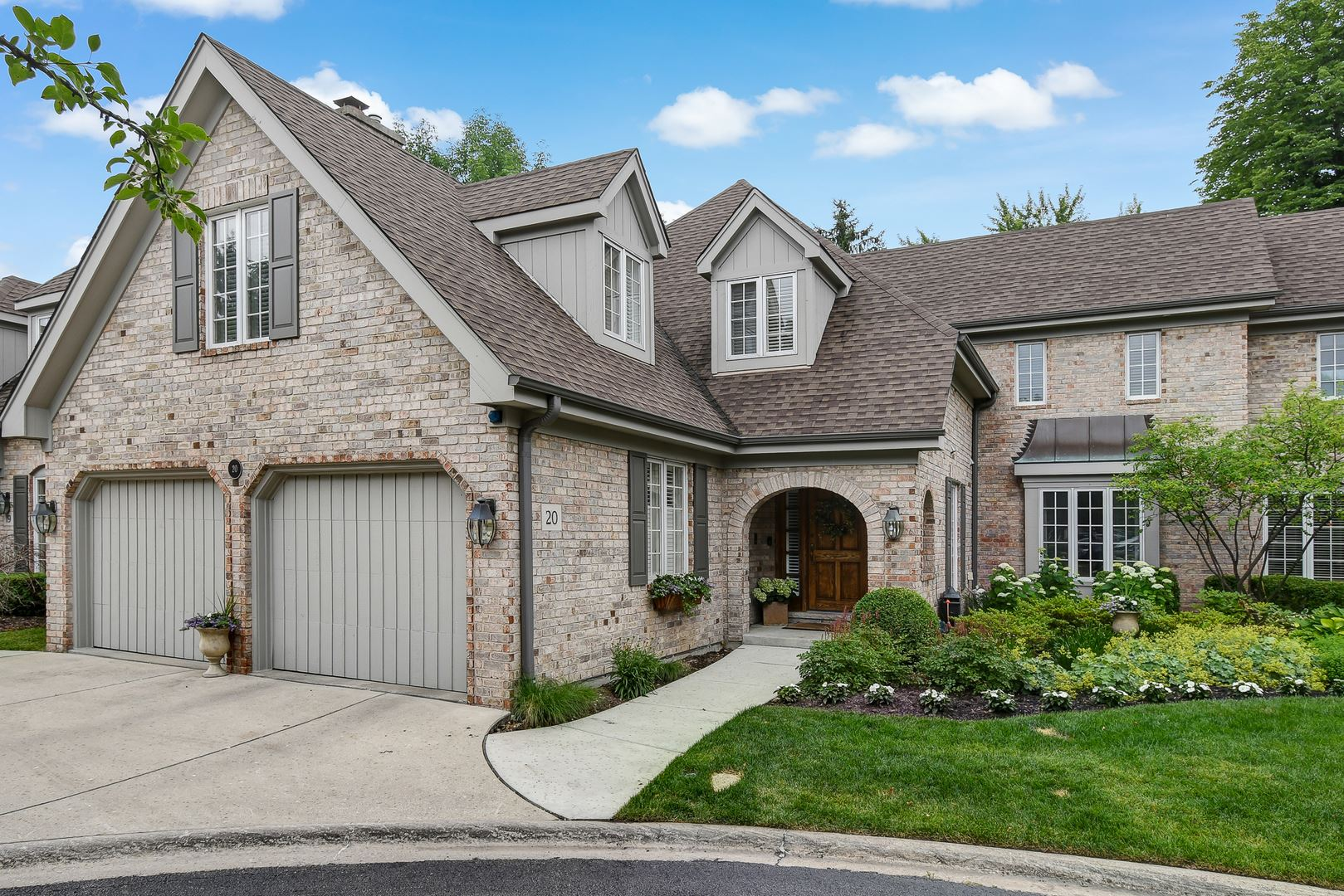 20 Tartan Ridge Road, Burr Ridge, IL 60527 - #: 10765414