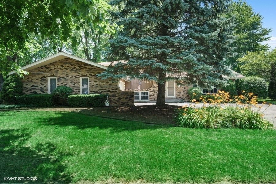 5S505 Gordon Terrace, Naperville, IL 60563 - #: 10775415
