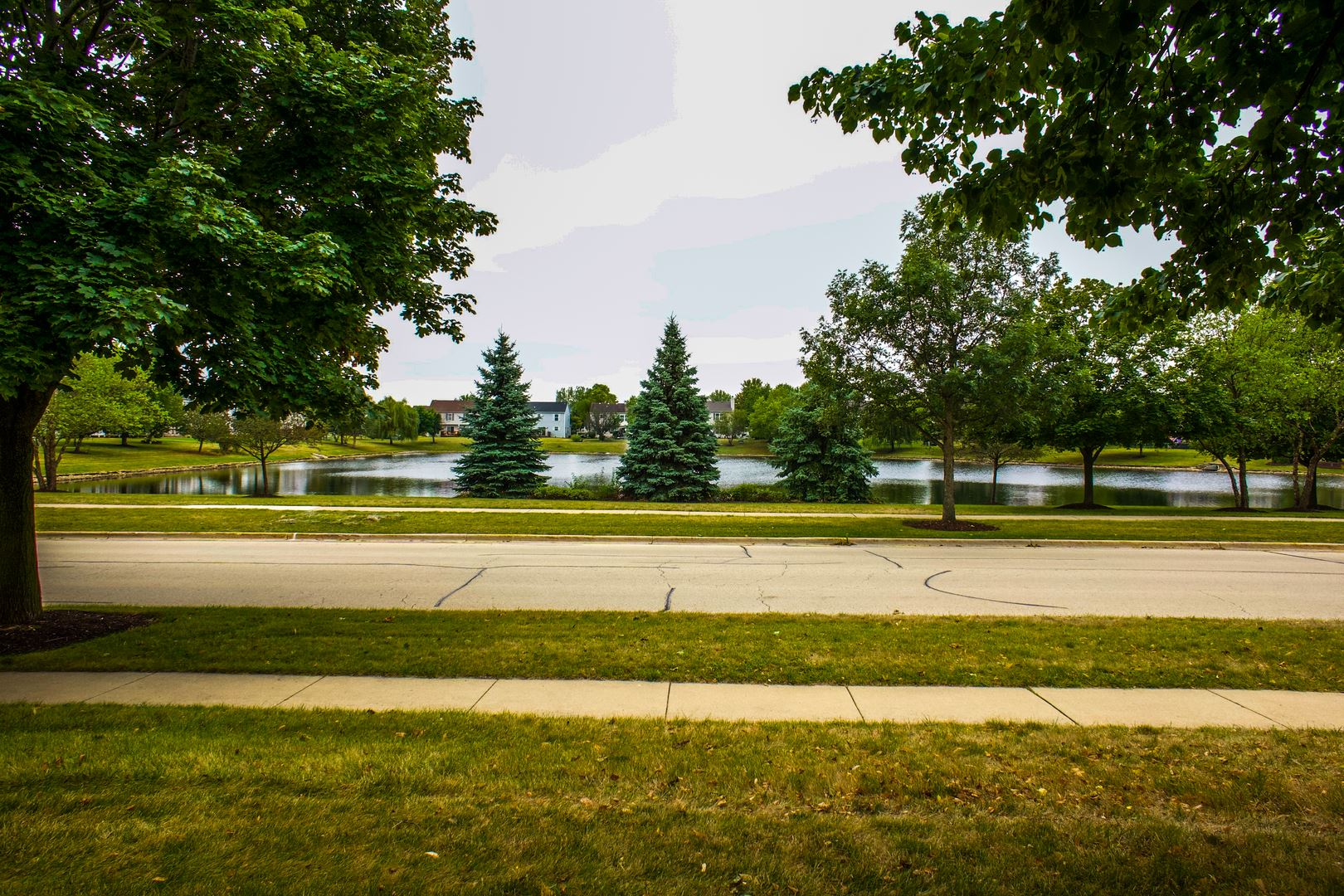 Photo of 1565 Azalea Circle, Romeoville, IL 60446 (MLS # 10851415)