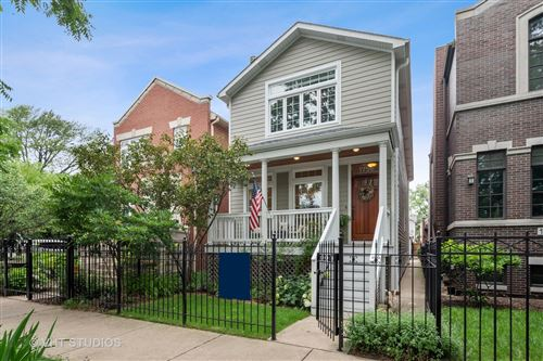 Photo of 1756 W Nelson Street, Chicago, IL 60657 (MLS # 11147416)