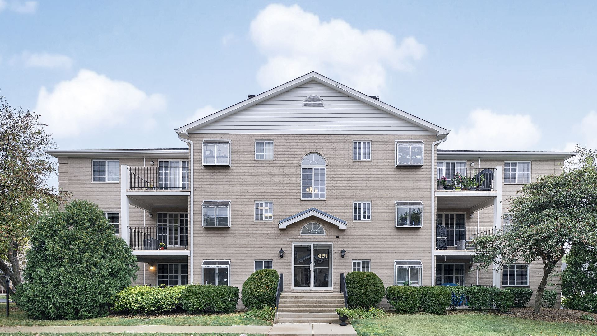 451 Valley Drive #201, Naperville, IL 60563 - #: 10692417