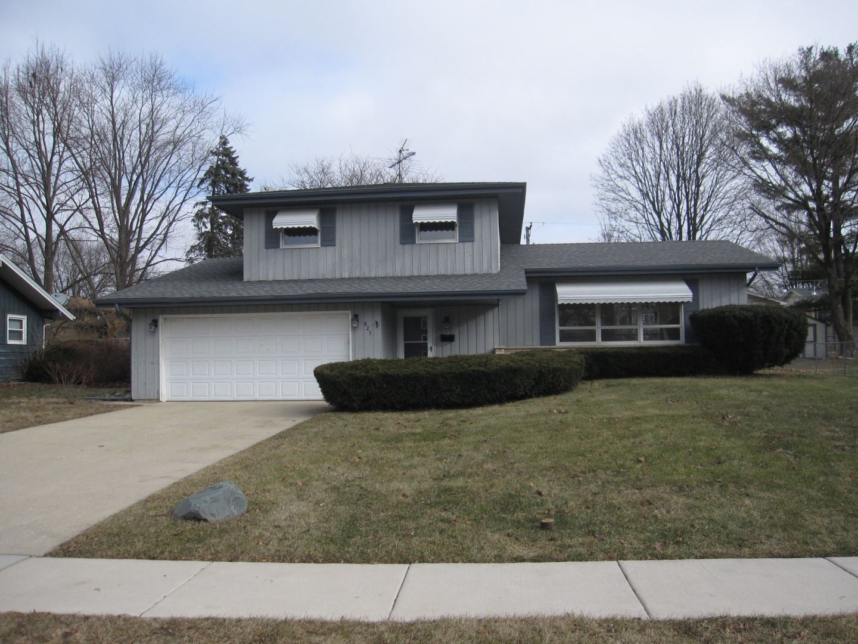 825 Carol Avenue, Elgin, IL 60123 - #: 11033418