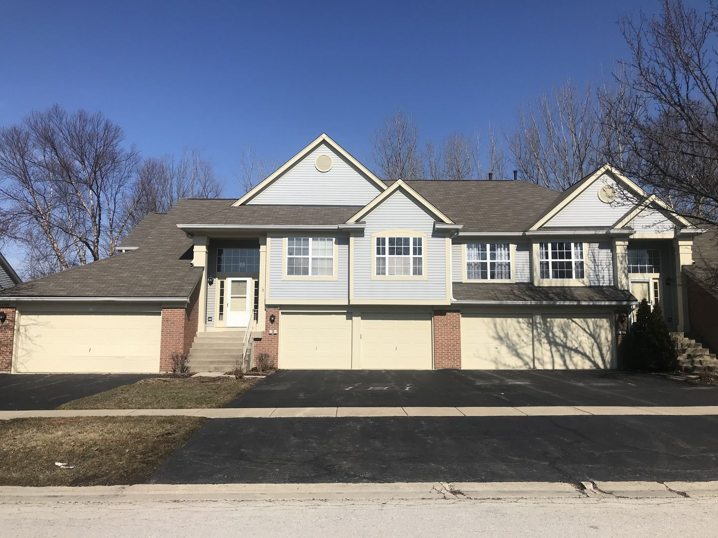 30W050 Willow Lane #30W050, Warrenville, IL 60555 - #: 10736419