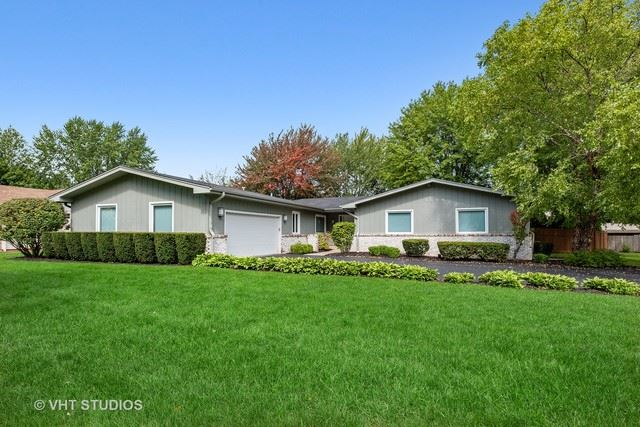 3004 Moon Hill Drive, Northbrook, IL 60062 - #: 10628420