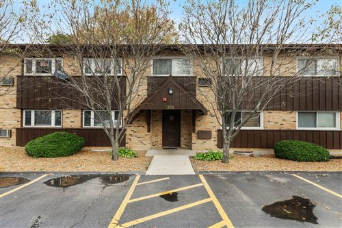 Photo of 2204 Arbor Circle #4, Downers Grove, IL 60515 (MLS # 10916422)