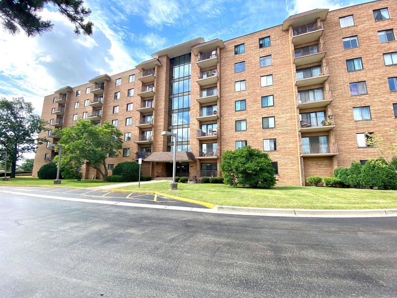 1717 W Crystal Lane #701, Mount Prospect, IL 60056 - #: 10803423