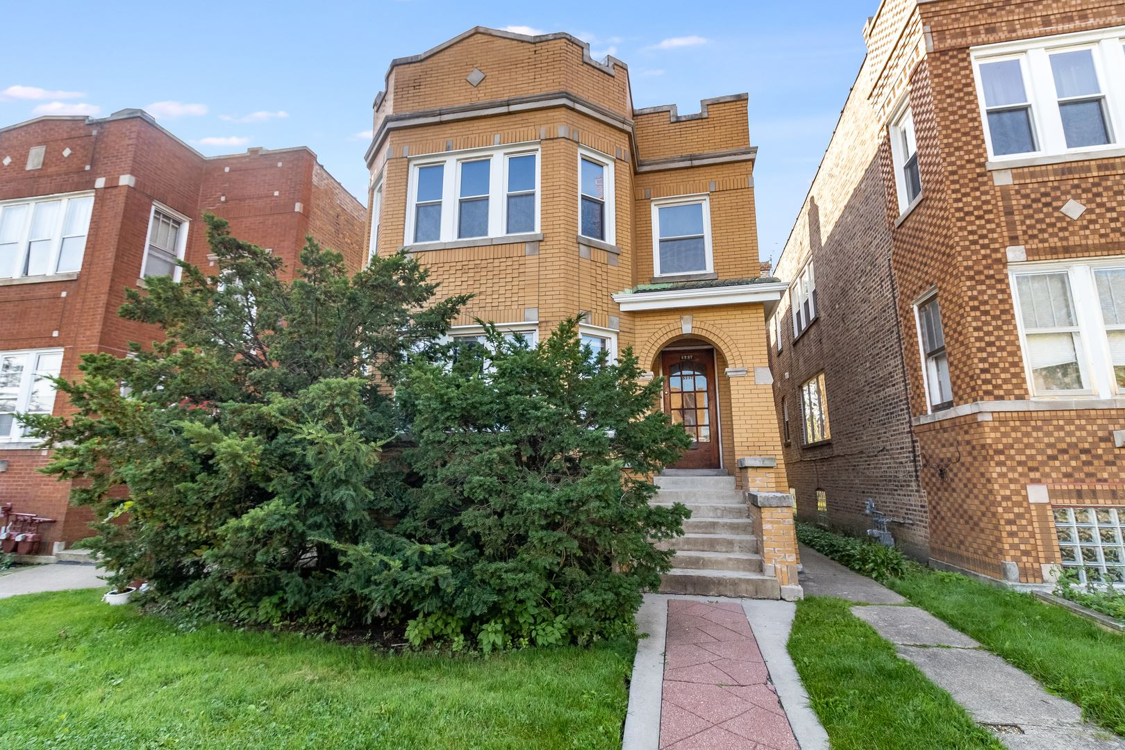 5237 W School Street, Chicago, IL 60641 - #: 10683424