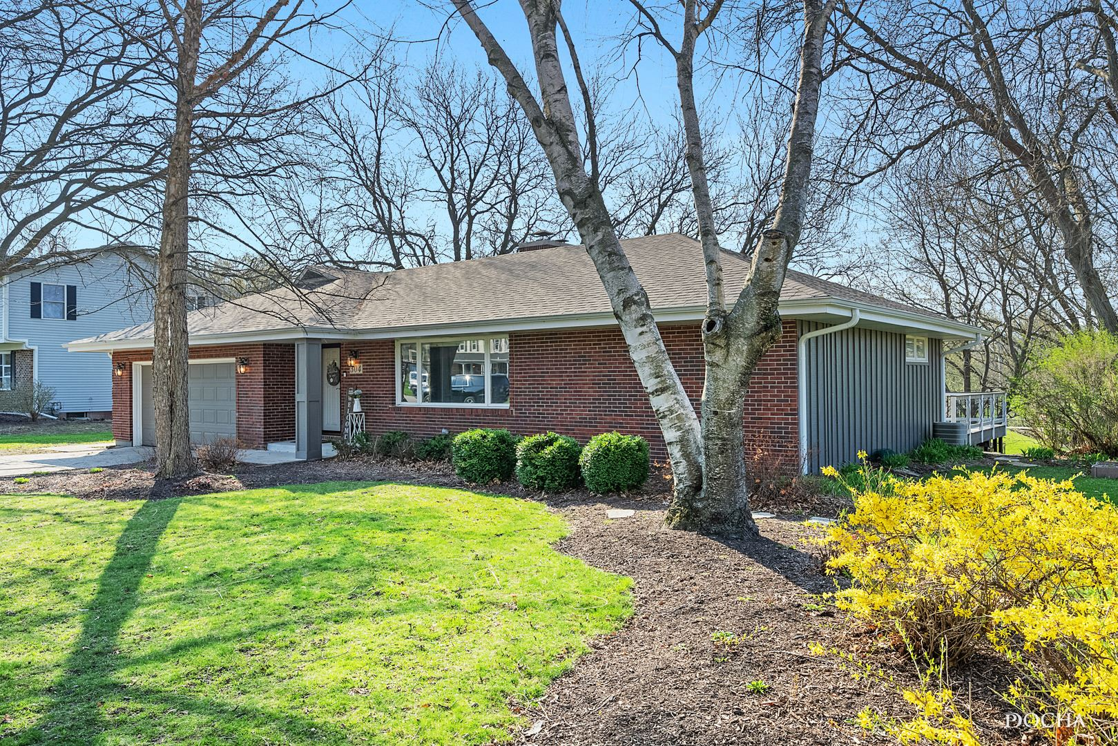 Photo of 304 Orchard Avenue, Oswego, IL 60543 (MLS # 11048424)