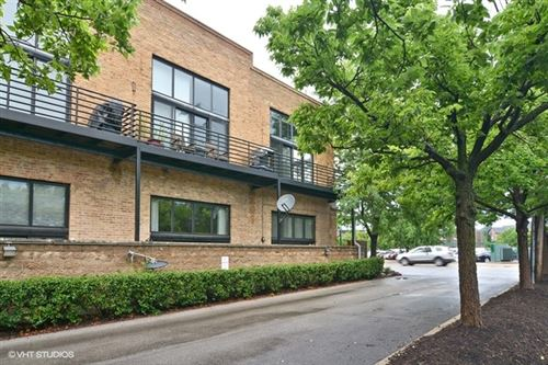 Photo of 2620 North Clybourn Avenue #205, Chicago, IL 60614 (MLS # 10618425)