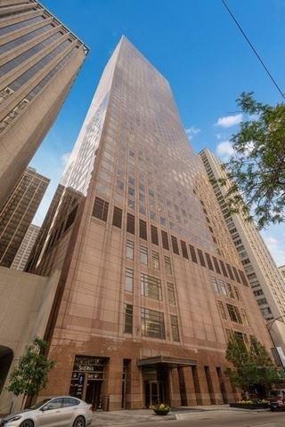 Photo of 161 E Chicago Avenue #31C, Chicago, IL 60611 (MLS # 10895428)