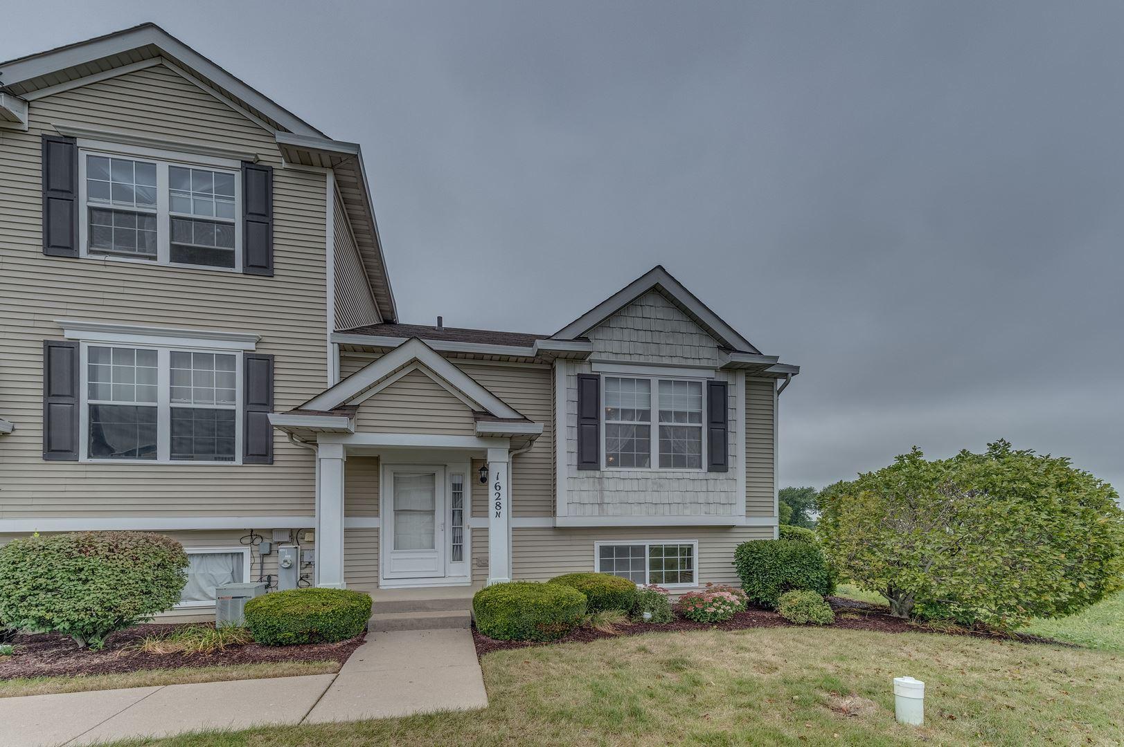 Photo of 1628 Fieldstone Drive N, Shorewood, IL 60404 (MLS # 10858428)