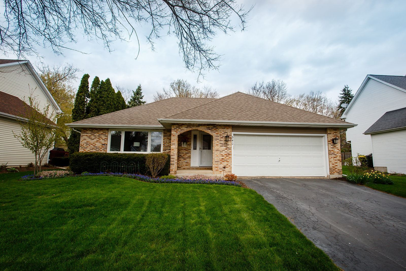 340 Bell Drive, Cary, IL 60013 - #: 11063429