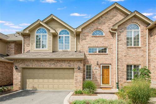 Photo of 427 Ashbury Drive #427, Hinsdale, IL 60521 (MLS # 11199431)