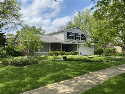 Photo of 1553 CHICKASAW Drive, Naperville, IL 60563 (MLS # 10681432)