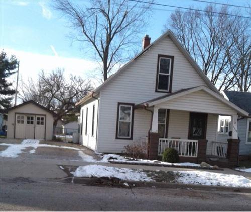 Photo of 1512 W Locust Street, Bloomington, IL 61701 (MLS # 11006432)