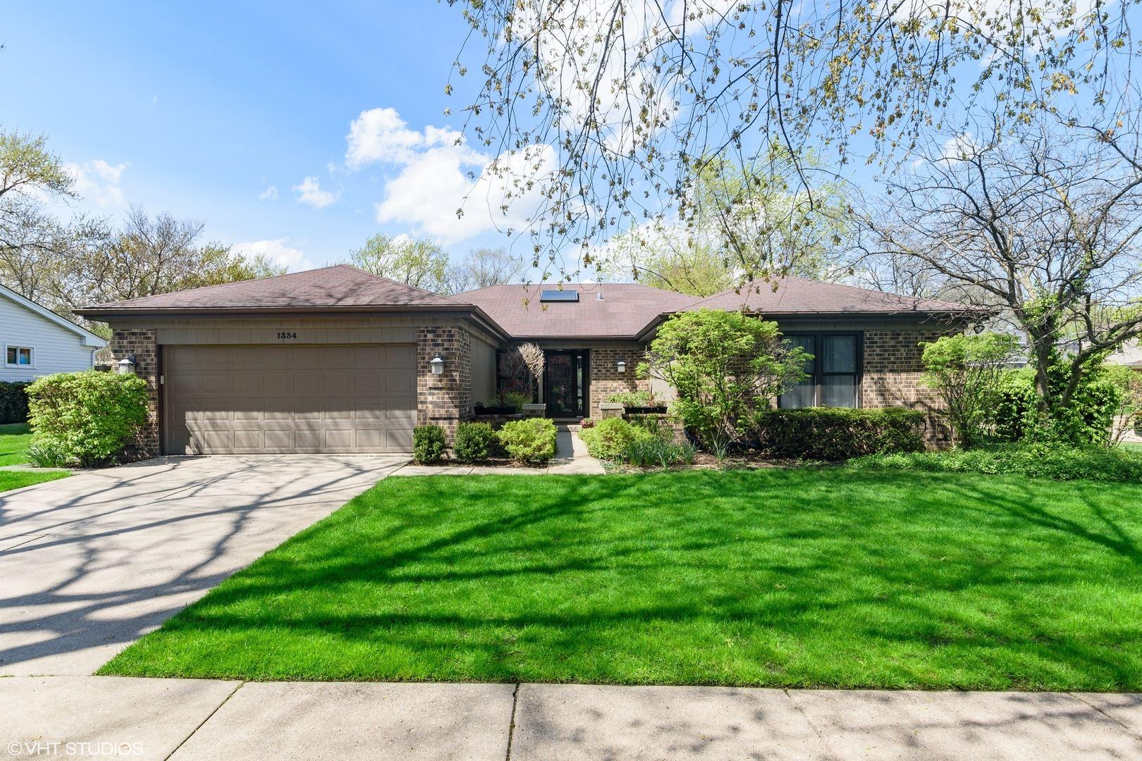 1334 Rosewood Avenue, Deerfield, IL 60015 - #: 10725432