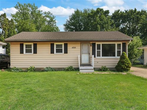 Photo of 4305 Parkway Avenue, McHenry, IL 60050 (MLS # 11121433)