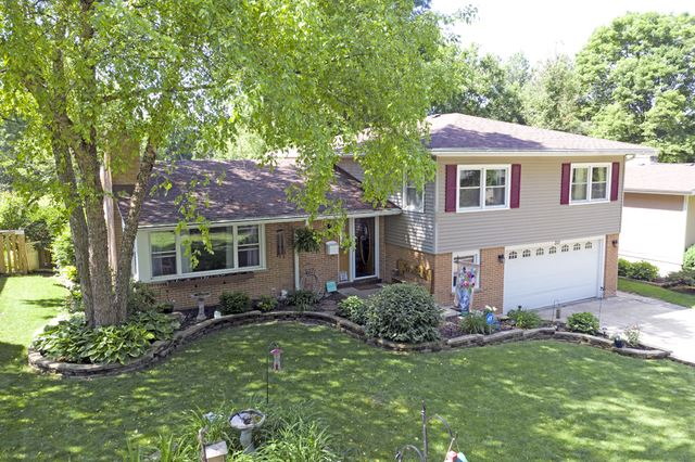 371 Maplewood Lane, Crystal Lake, IL 60014 - #: 10771435