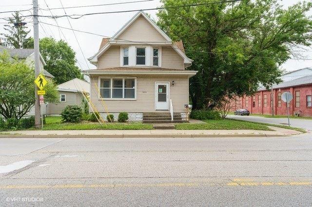 601 E Oakland Avenue, Bloomington, IL 61701 - #: 10810436