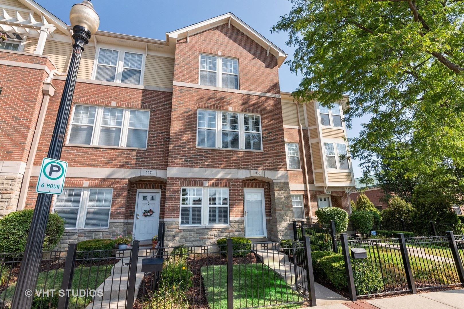 Photo for 333 W Wesley Street, Wheaton, IL 60187 (MLS # 10860438)