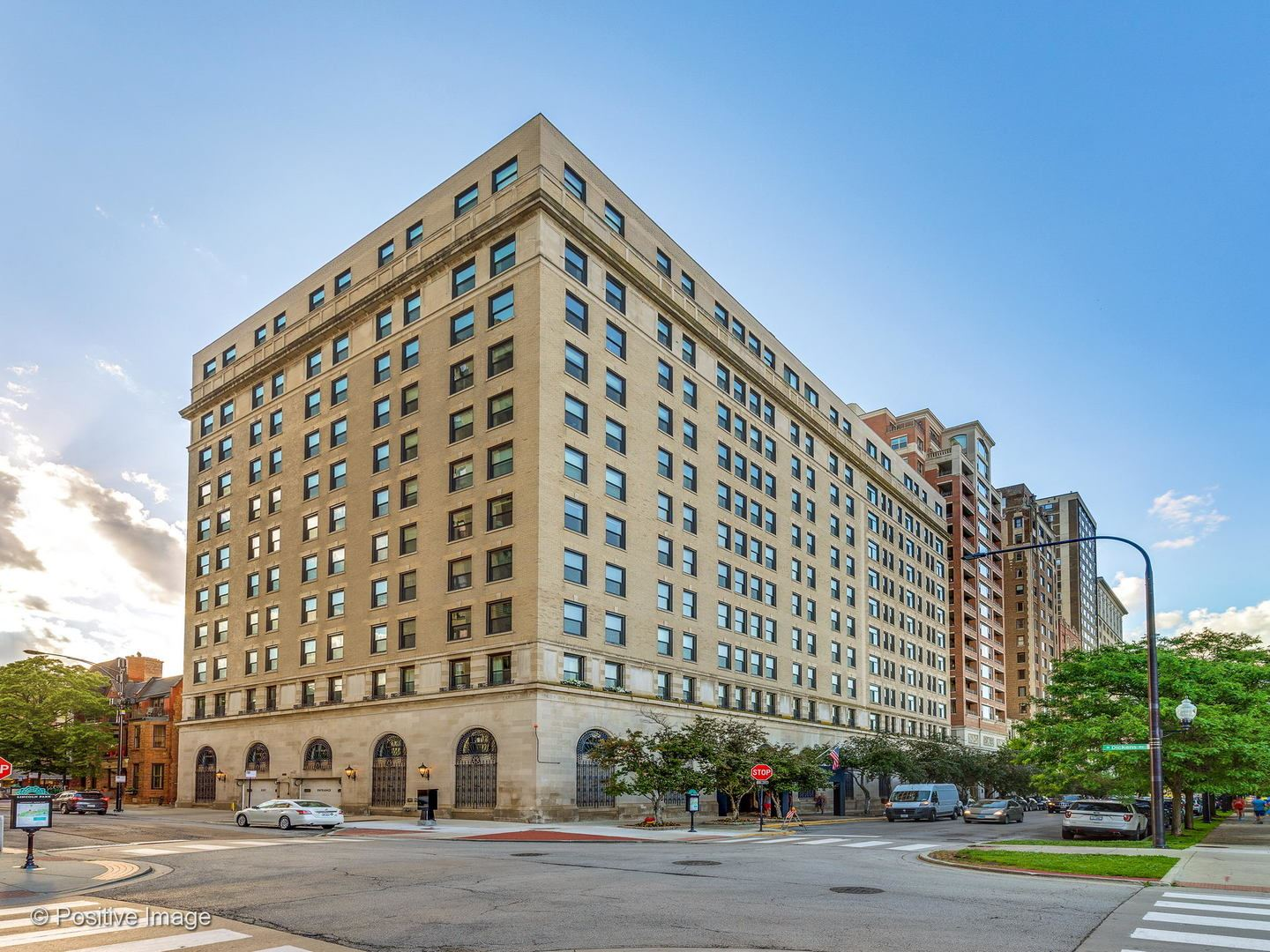 2100 N LINCOLN PARK WEST #6AS, Chicago, IL 60614 - #: 10671439