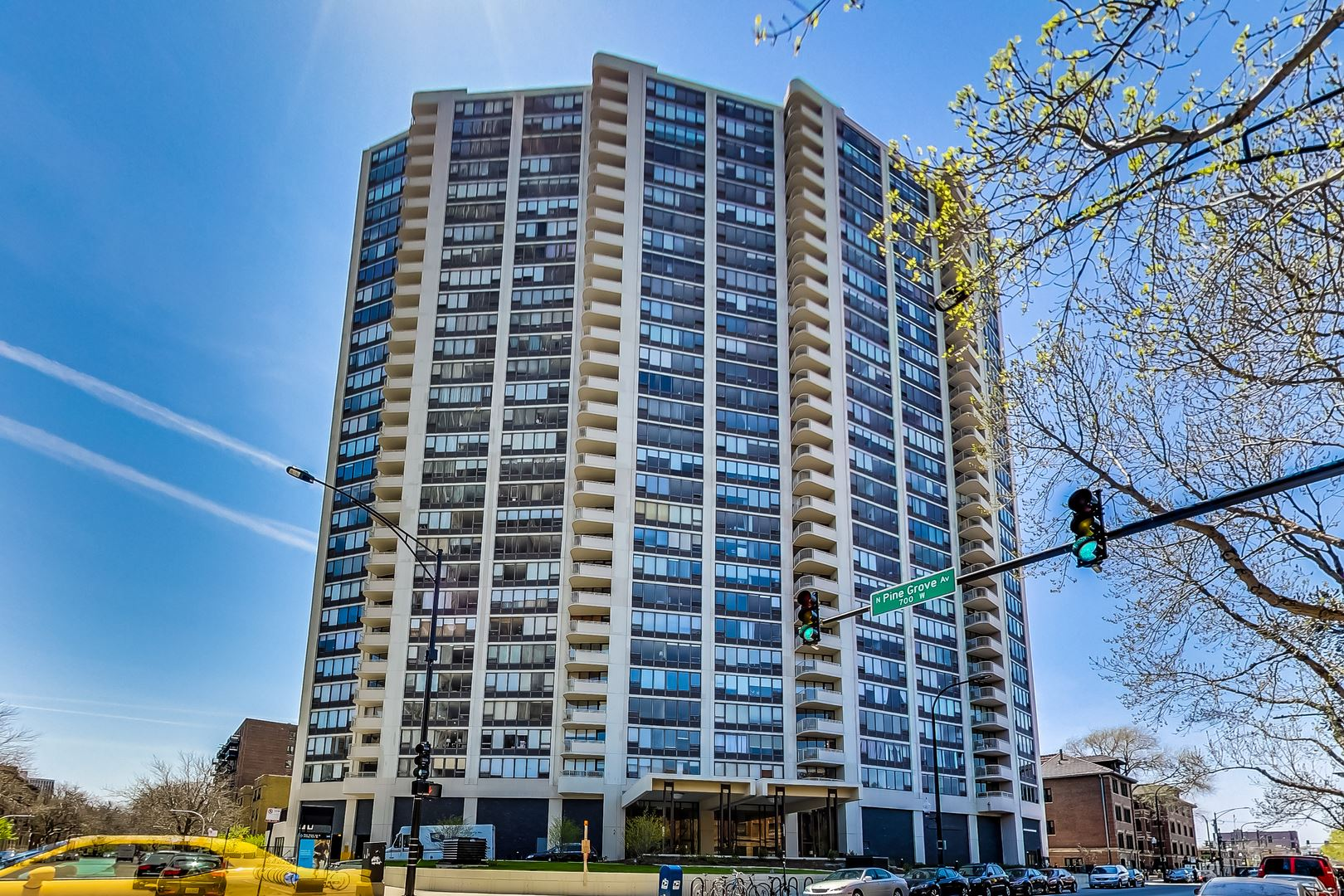 3930 N Pine Grove Avenue #304, Chicago, IL 60613 - #: 10699440