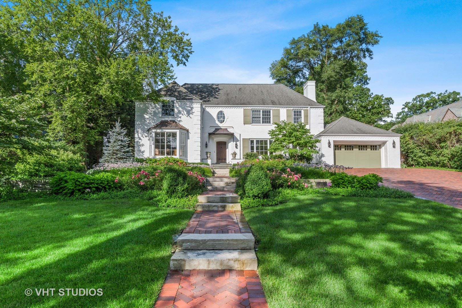 Photo for 550 Greenleaf Avenue, Glencoe, IL 60022 (MLS # 10794440)