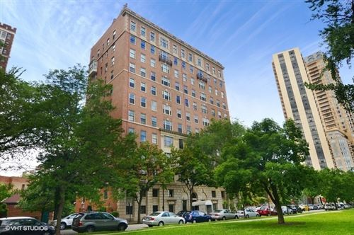 Photo of 2450 N LAKEVIEW Avenue #10, Chicago, IL 60614 (MLS # 10601441)