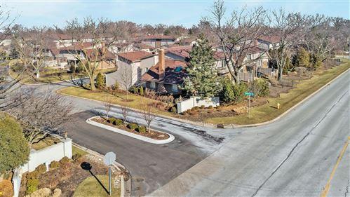 Photo of 19W177 Theresa Lane #177, Oak Brook, IL 60523 (MLS # 10547443)