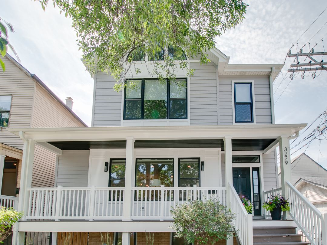 3229 W Mclean Avenue, Chicago, IL 60647 - #: 10771443