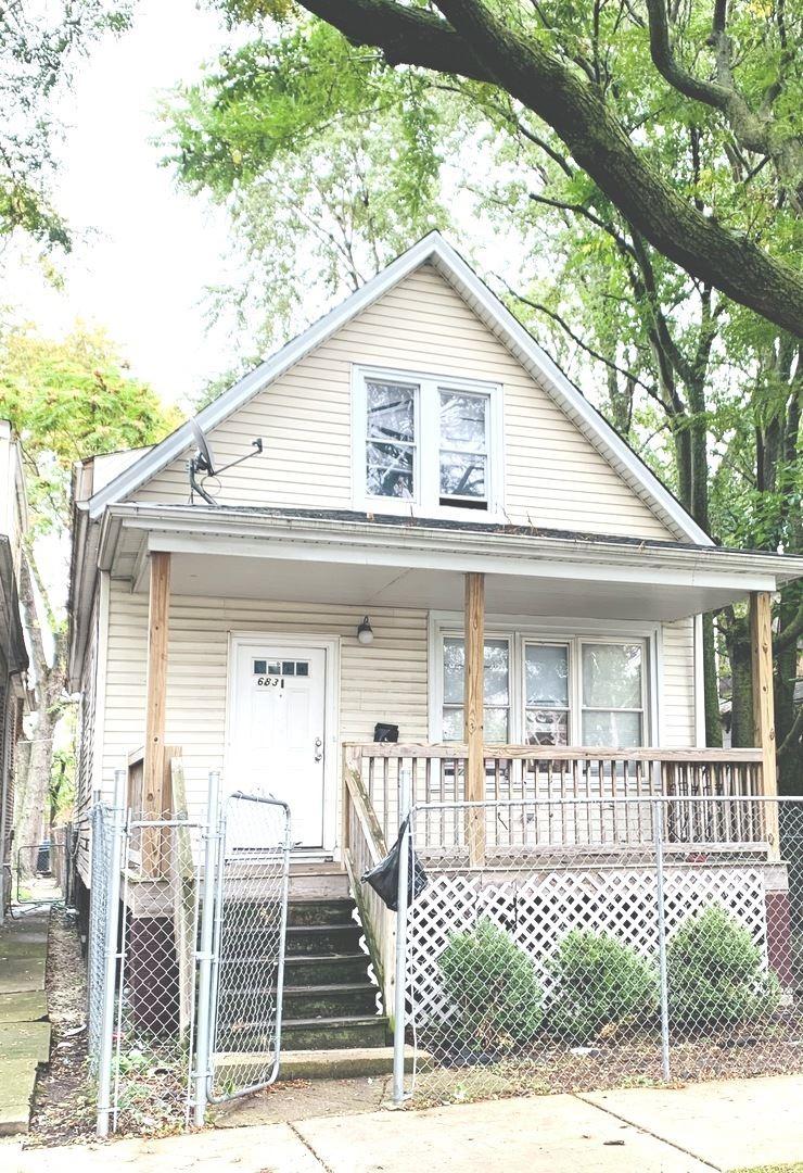 6831 S Oakley Avenue, Chicago, IL 60636 - #: 10973443
