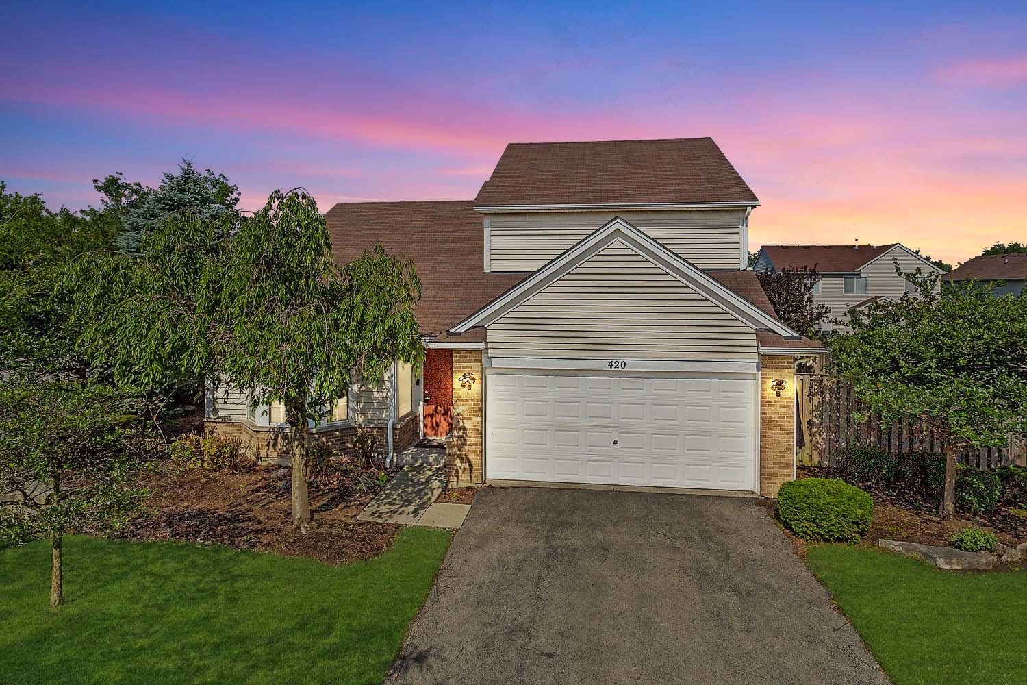 Photo of 420 N Chalmers Court, Romeoville, IL 60446 (MLS # 11143443)