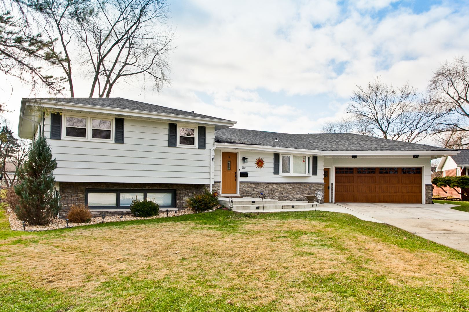 210 Spring Court, Roselle, IL 60172 - #: 10715445