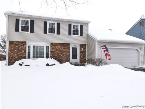 Photo of 905 Independence Avenue, St. Charles, IL 60174 (MLS # 11006446)